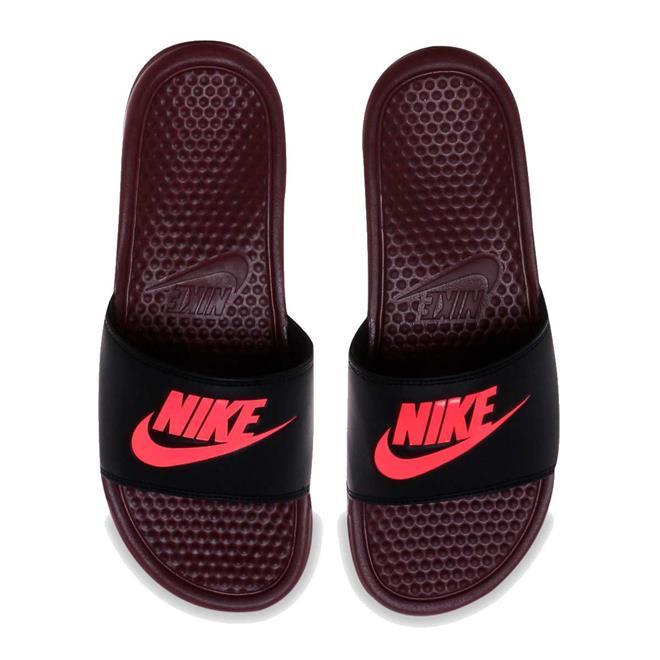 7339eb2919314 Chinelo Nike Benassi Just Do It Masculino. Ampliar