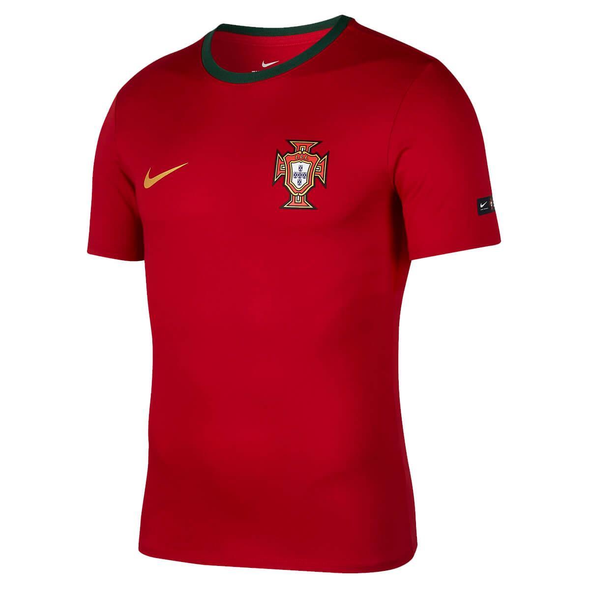 2030a6ec0 Camiseta Nike Portugal 2018 19 Crest Masculina